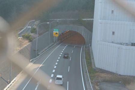 ひだまり トンネル.jpg