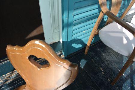 ひだまり ハートの椅子.jpg
